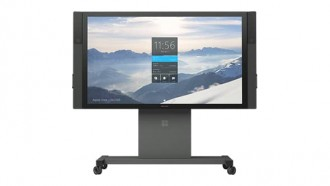 en-intl-l-surface-hub-84in-hp7-00001-mnco
